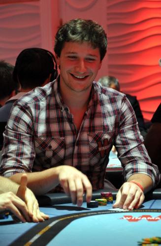 Winamax series jour 10 pr s de 7 000 joueurs pour le - Guillaume et les garcons a table streaming ...