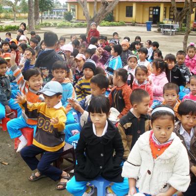 Parrainez scolairement un enfant (don de 136 euros)