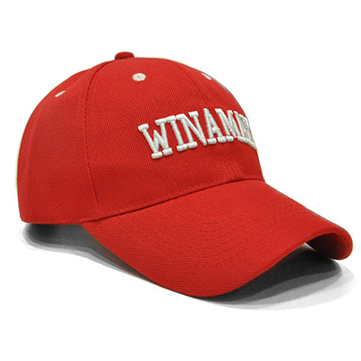 Casquette rouge Winamax relief