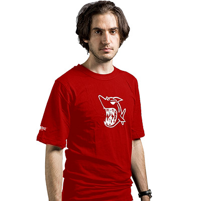 Nouveau Tee shirt rouge Requin
