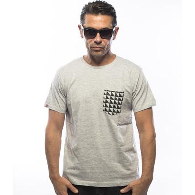 Nouveau Tee shirt gris chiné et poche