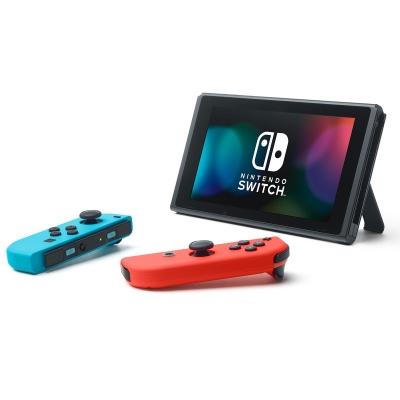 Console Nintendo Switch + Joy-Con droit et gauche